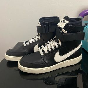 Nike Double Court High Top Black Sneakers